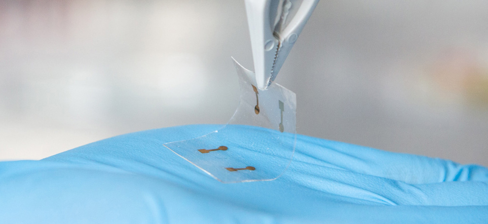 Nano-thin flexible touchscreens
